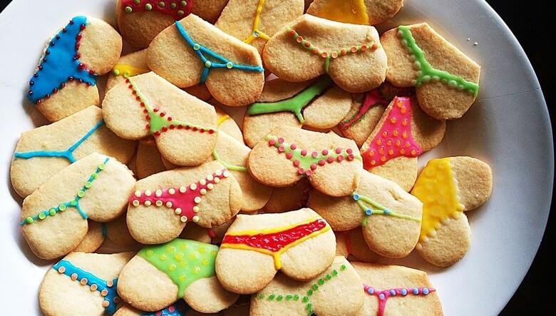 いろいろなデザインの下着をイメージしたクッキー
